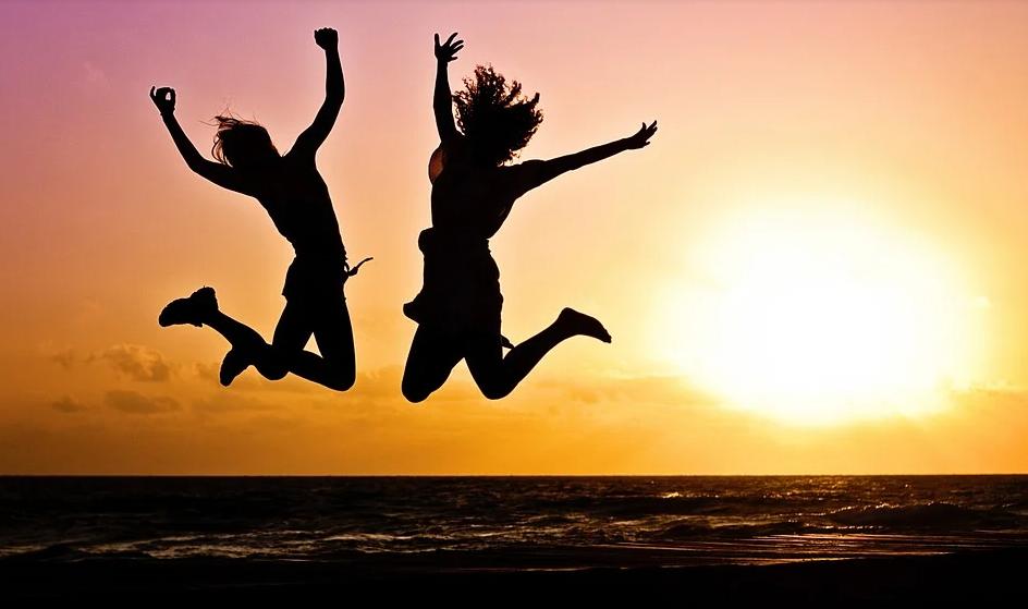 skákající dívky